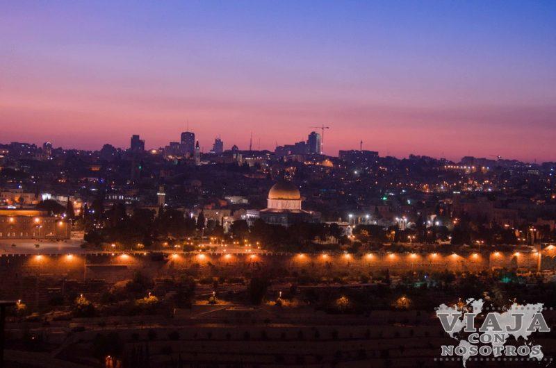 Vista de anochecer en Jerusalen