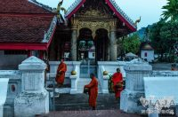 how to go from luang prabang to vang vieng