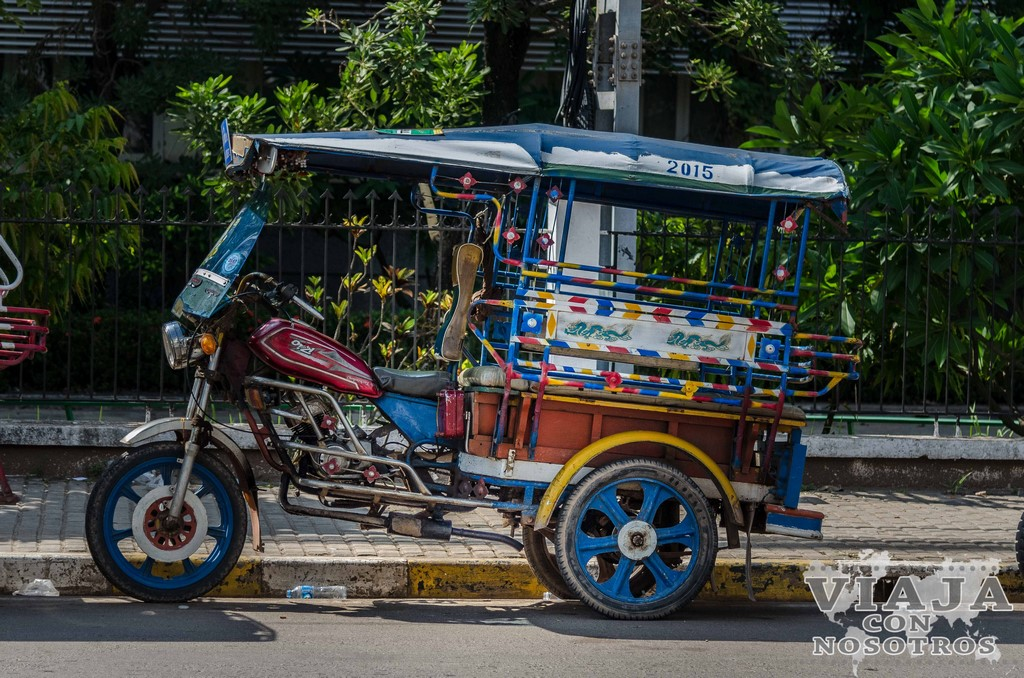 how to get from vientiane to 4000 islands