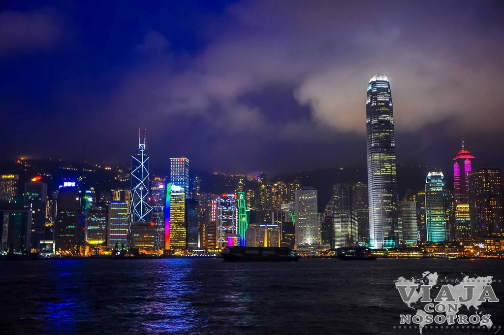 Espectáculo de luces en la bahía de Hong Kong