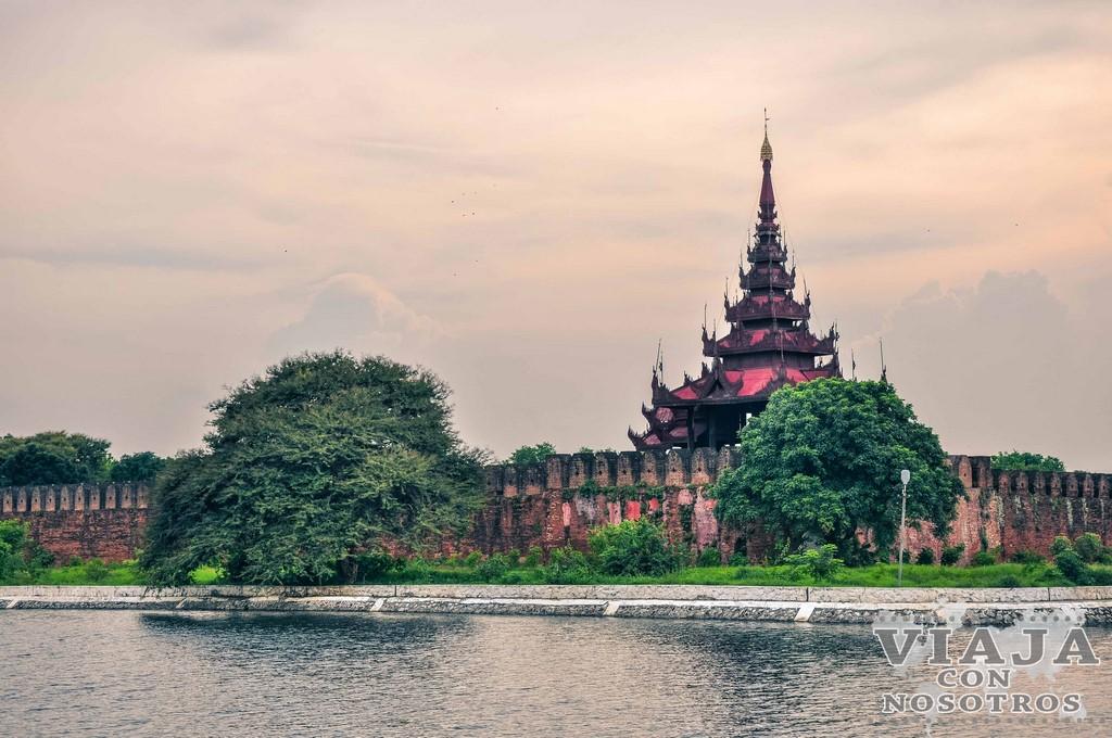 El Monasterio Shwenandaw de Mandalay