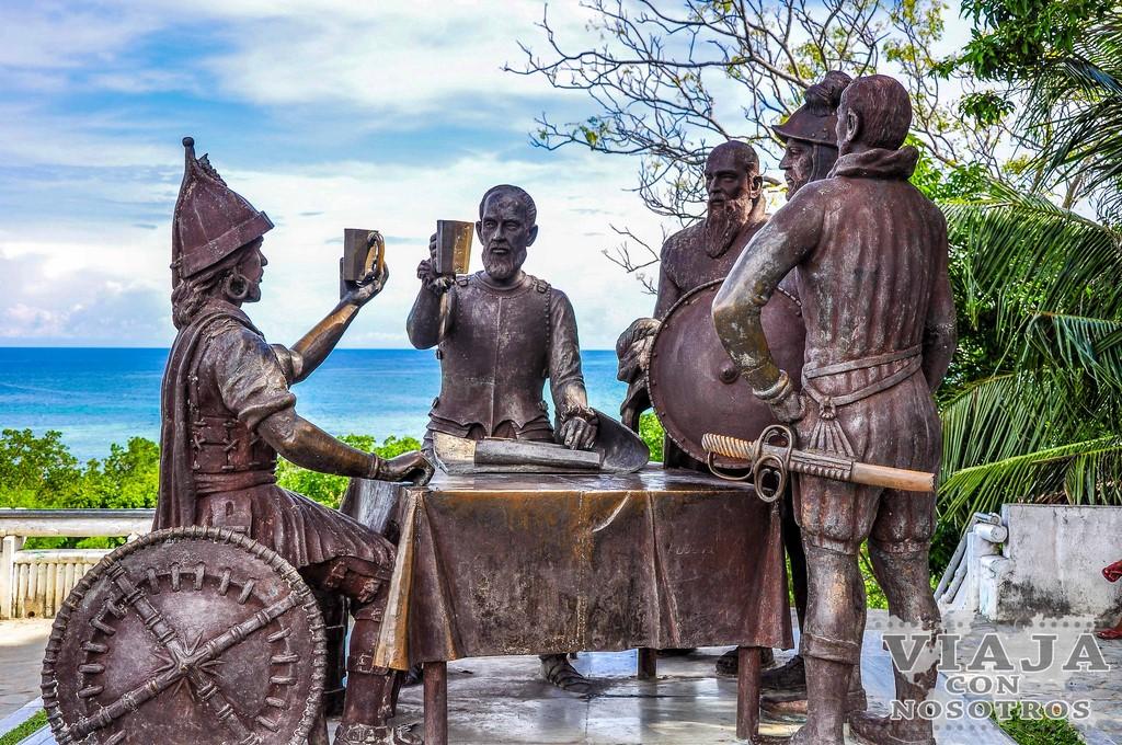Estatua de Sandugo de Bohol