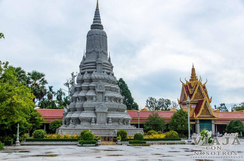 Cuanto se tarda en visitar el Palacio Real de Phnom Penh