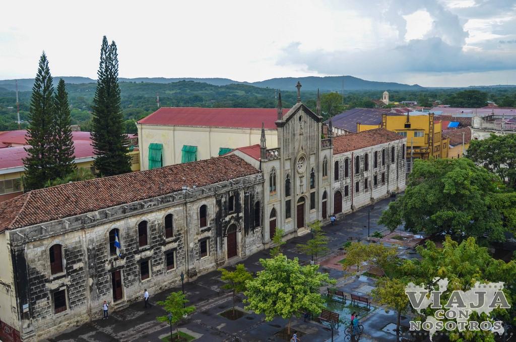 Los tejados de la Catedral de León Nicaragua