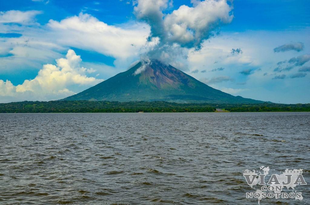 Ascensión al volcán Maderas en la isla de Ometepe