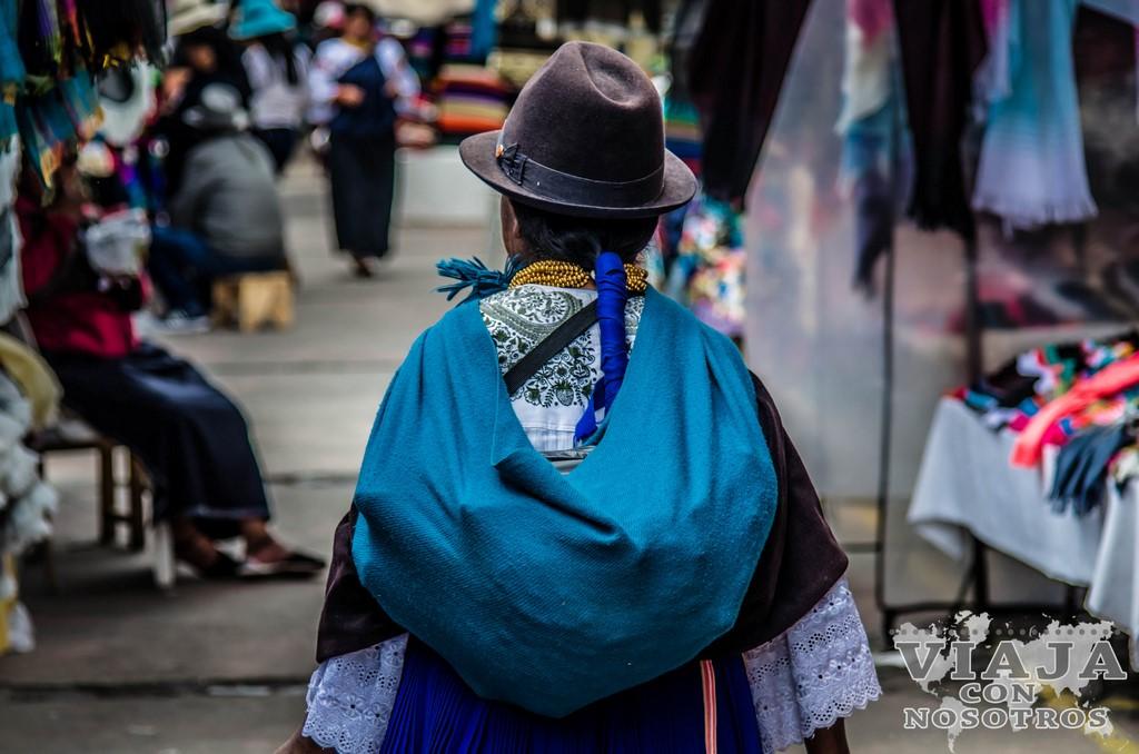 Que día es el mercado de Otavalo