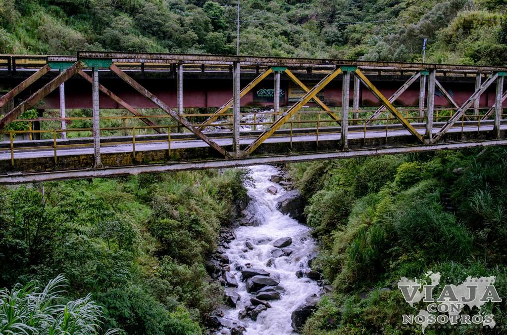 Ruta de las cascadas de Baños en bicicleta