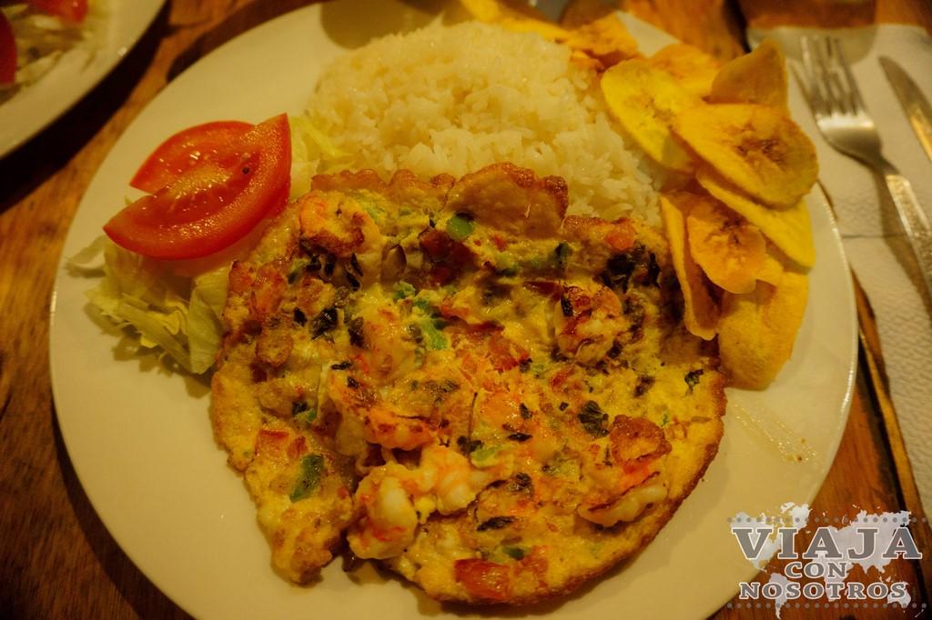 Tortilla de camarón plato típico de Ecuador