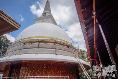 Como subir a la Estupa de Kandy