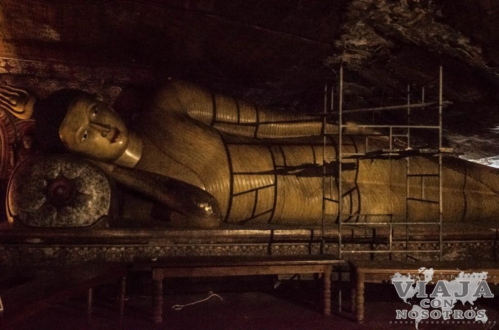 Maha Alut Viharaya Cuevas de Dambulla