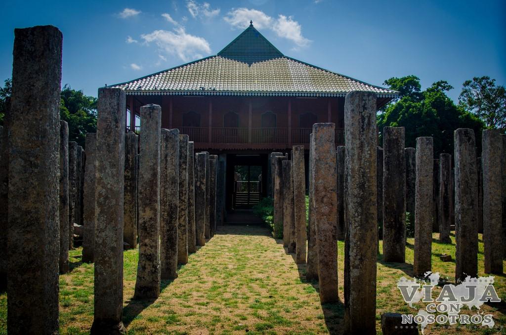 palacio real lovamahapaya Anuradhapura