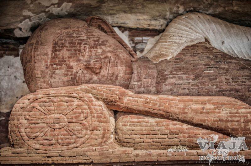 Buda de Pidurangala Rock