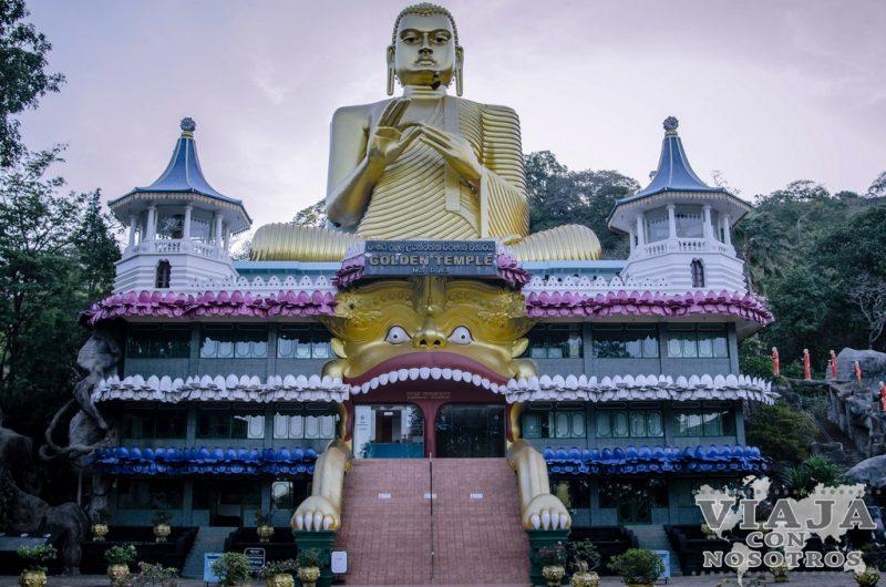 Como visitar el templo de oro de Dambulla