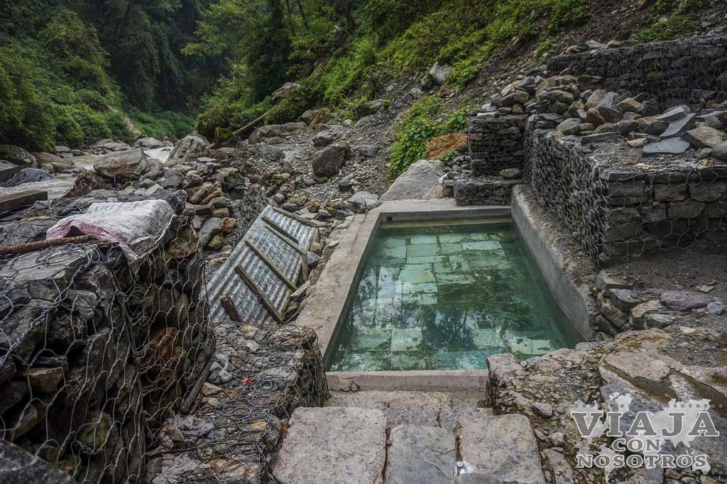 Que llevar a las hot spring jhinu