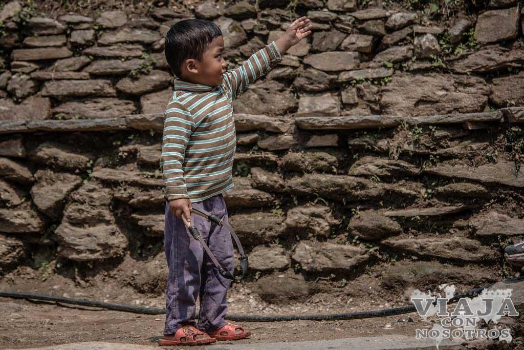 Como ir de Jhinu a Pokhara