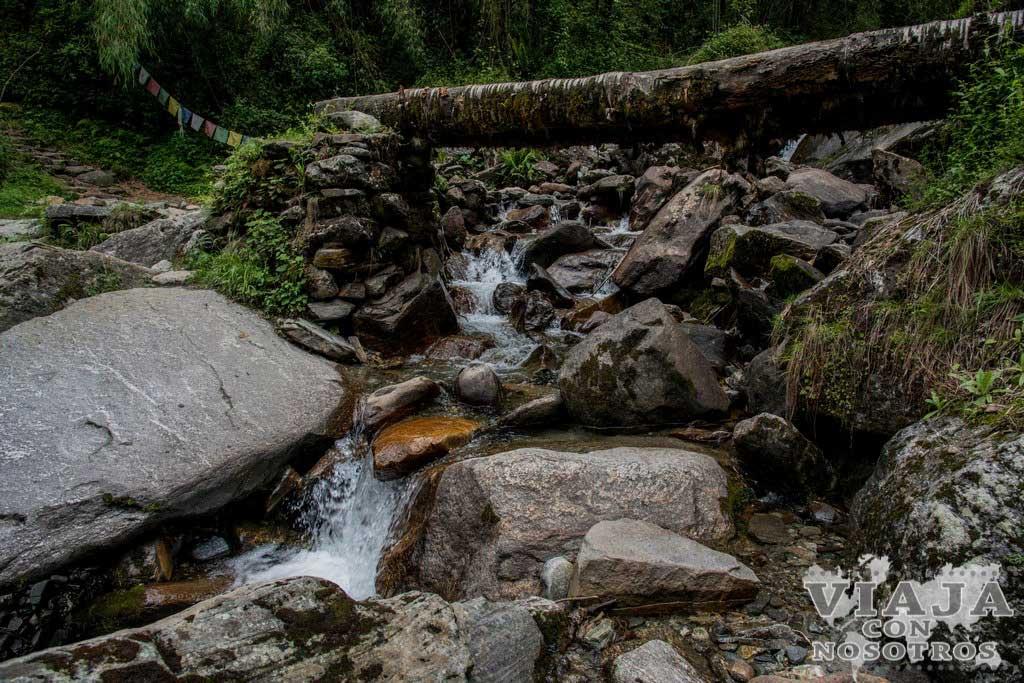 Es recomendable guía para hacer el trekking de los Annapurna