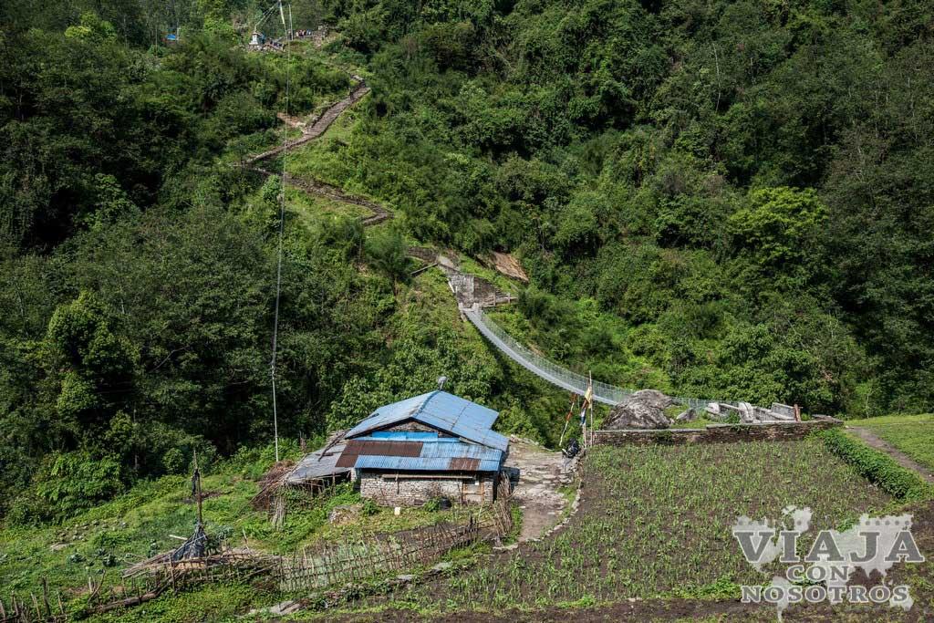 Puentes colgantes del trekking de los Annapurnas