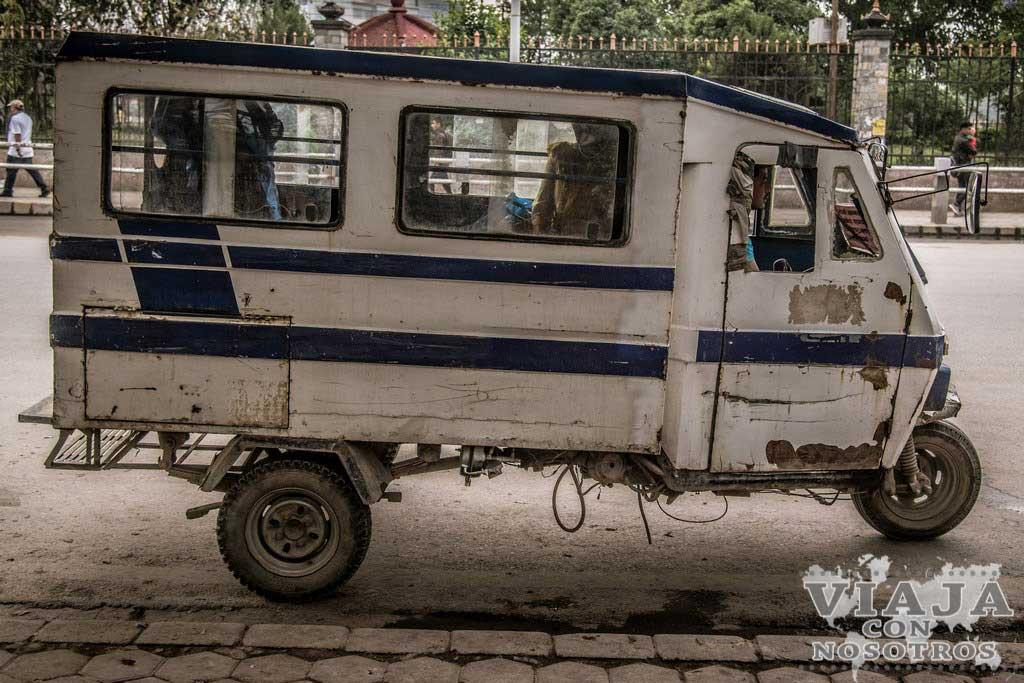 Donde coger el autobús para Patan