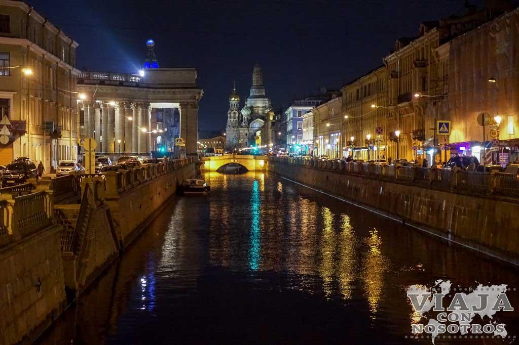 Que comer en San Petersburgo