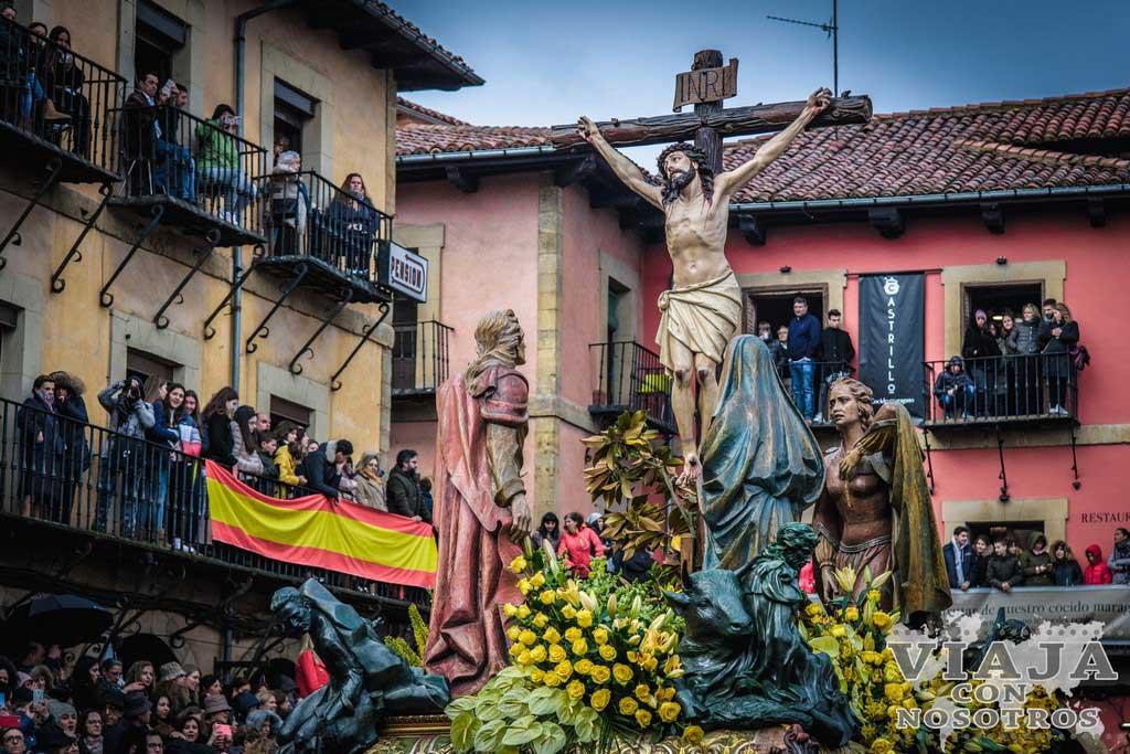 La Crucifixión, Pasos León