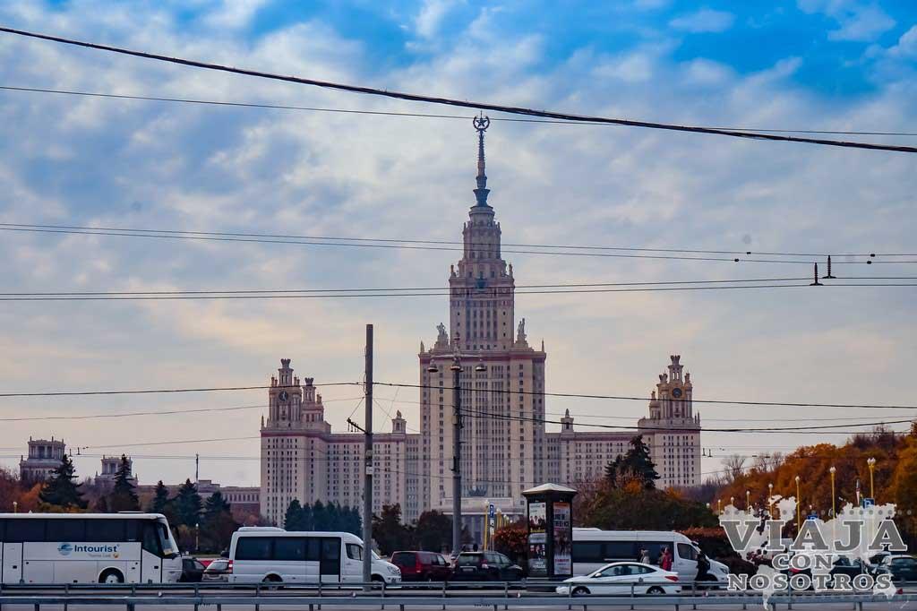 Como llegar a la colina de los Gorriones en Moscú