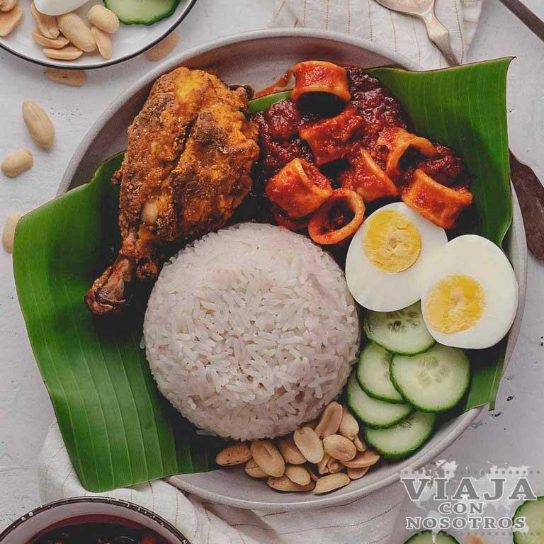 Nasi Lemak comida Malasia