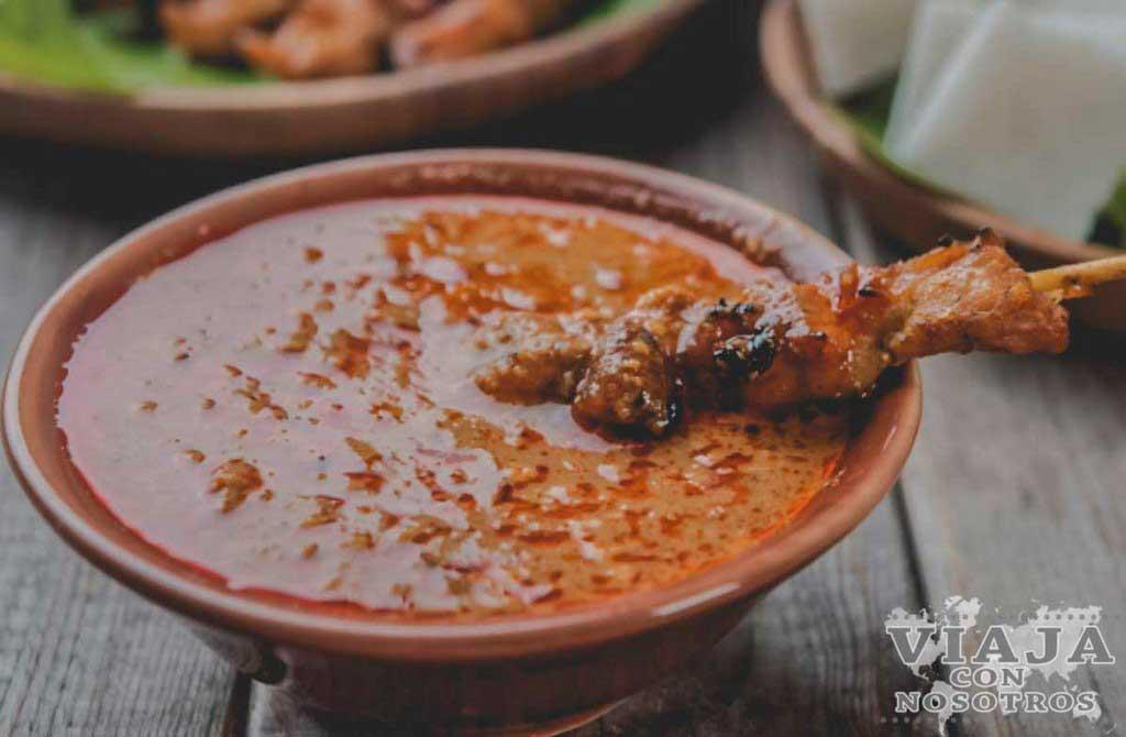 Satay comida Malasia