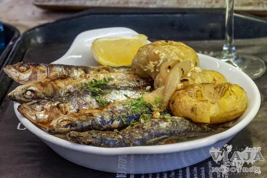 Sardinas comida típica de Portugal