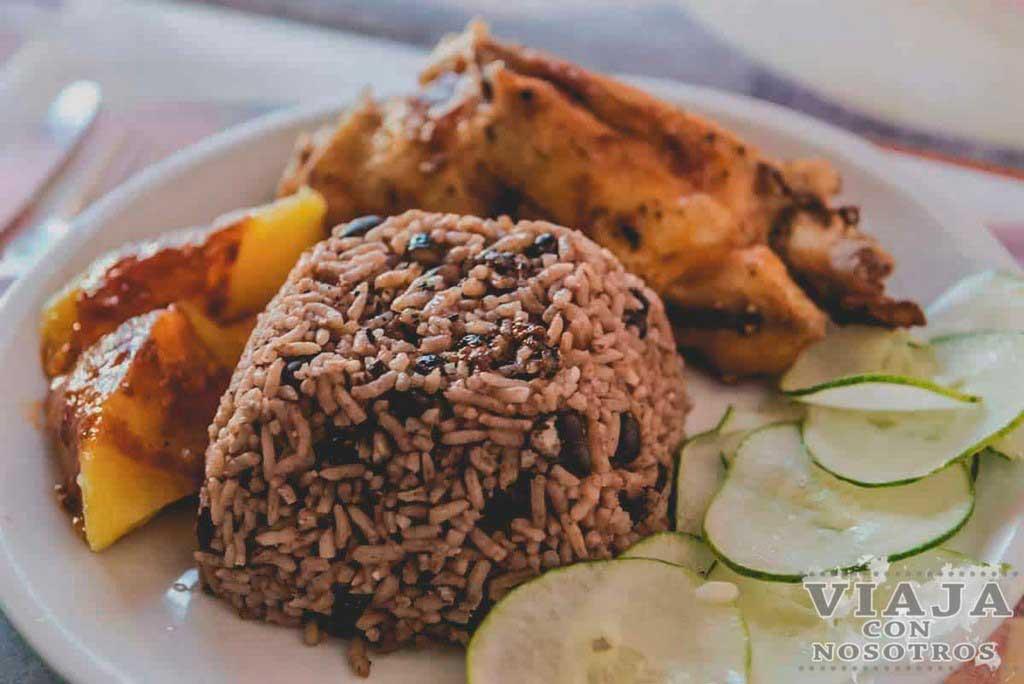Moros y Cristianos comida Cuba