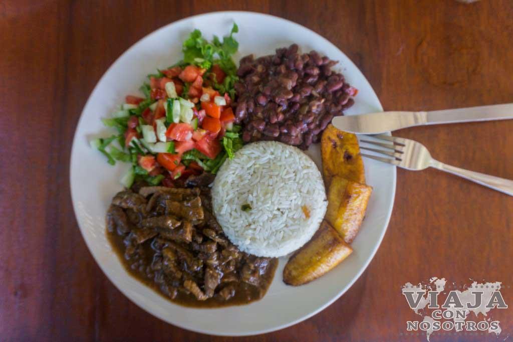 Donde comer en Cahuita