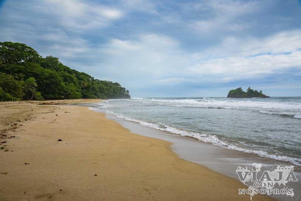 Playa de Cocles Manzanillo